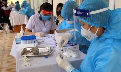 Bộ Y tế yêu cầu Hà Nội, TP. HCM báo cáo việc thu phí xét nghiệm COVID-19
