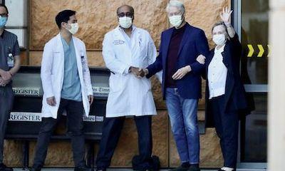 Cựu Tổng thống Mỹ Bill Clinton xuất viện, tiếp tục điều trị tại New York