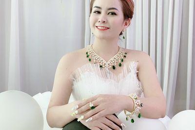 CEO Huỳnh Thị Hạnh Phước: Theo nghề vàng cần có cái tâm và tấm lòng vàng
