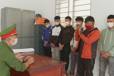 Đắk Lắk: Nam sinh lớp 10 rủ bạn đi trả thù, chém nhầm người đi đường