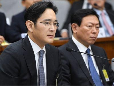 Người thừa kế tập đoàn Samsung Lee Jae-yong lại vướng nghi án tham nhũng