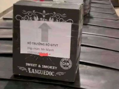 Người mạo danh Bộ trưởng Bộ GTVT gửi rượu qua máy bay sẽ bị xử lý ra sao?