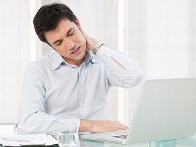 Thường xuyên đau mỏi vai gáy nhưng chủ quan, người đàn ông bàng hoàng khi được chẩn đoán ung thư gan