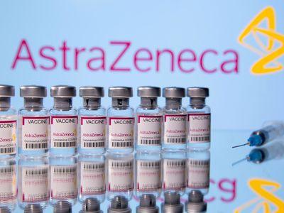 TP.HCM: Rút ngắn khoảng cách tiêm 2 mũi vaccine AstraZeneca xuống 6 tuần