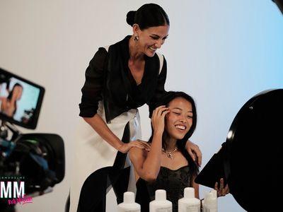 Cindy Bishop động viên Wiwi Nguyễn thay đổi kiểu tóc táo bạo