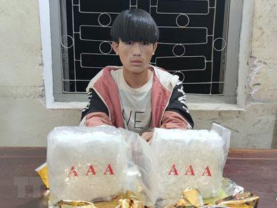 Điện Biên: Bắt giữ thanh niên 18 tuổi vận chuyển 2kg ma túy đá