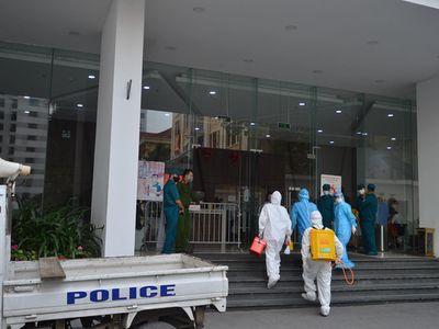Hà Nội: Con trai 3 tuổi, bố và giúp việc của cựu giám đốc Hacinco dương tính SARS-CoV-2
