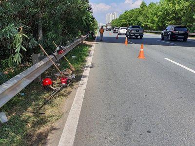 Vụ tài xế tông chết người trên đại lộ Thăng Long rồi bỏ chạy: Nạn nhân đang làm nhiệm vụ cắt cỏ