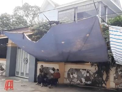 Nguyên Phó trưởng công an huyện ở Nghệ An chết trong tư thế treo cổ tại vườn nhà