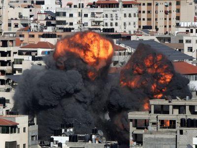 Israel không kích nhà riêng của thủ lĩnh Hamas