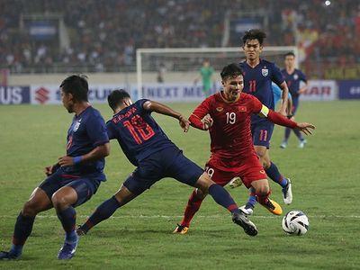 Người hâm mộ Thái Lan thừa nhận đội nhà đã xếp sau Việt Nam