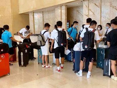 Đội tuyển Việt Nam tập trung đầy đủ chuẩn bị vòng loại cuối cùng World Cup 2022, thiếu mỗi ông Park
