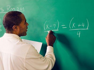 Giáo viên dạy toán 3 năm nghỉ phép 769 ngày để gian lận phúc lợi