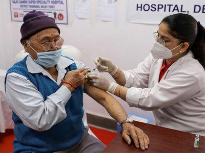 Ấn Độ nối lại xuất khẩu vaccine ngừa COVID-19