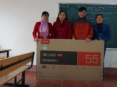 Chàng trai trẻ Trịnh Hoài Nam tiếp sức cho trẻ em vùng cao học tập