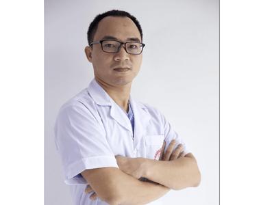 """Bác sĩ Lê Việt Hưng: """"Tận tâm với nghề, cố gắng học hỏi và nghiên cứu sâu hơn về lĩnh vực thẩm mỹ"""""""