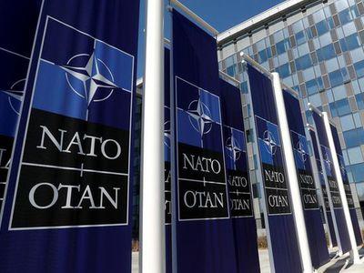Nga yêu cầu NATO đóng cửa văn phòng ở Moscow sau vụ trục xuất 8 đại diện ngoại giao