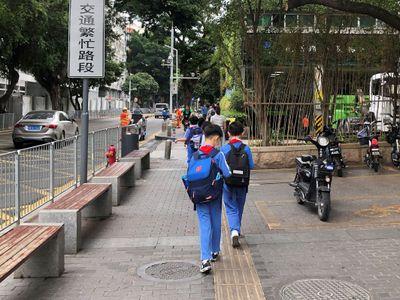 Trung Quốc soạn dự thảo xử phạt cha mẹ nếu để con cái có hành vi xấu