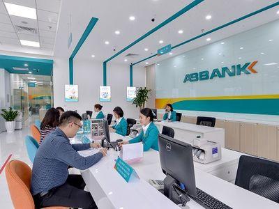 ABBANK áp dụng hệ thống nhận diện thương hiệu và không gian giao dịch mới