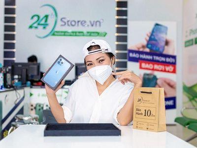 Phương Thanh bất ngờ sắm iPhone 13 Pro Max VN/A trên đường đi tình nguyện