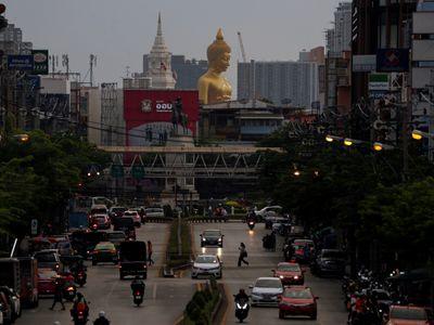 Thái Lan dỡ bỏ quy định cách ly với du khách đã tiêm vaccine ngừa COVID-19 khi đến Bangkok