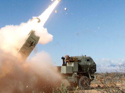 Mỹ thử thành công tên lửa chính xác tầm xa vượt ngưỡng tối đa