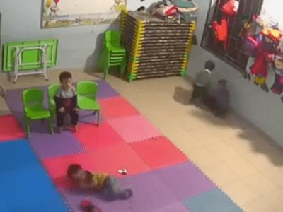 Vụ bé gái 2 tuổi bị bạn học đánh dã man ở Bắc Giang: Sức khoẻ cháu bé giờ ra sao?