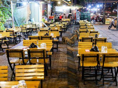 TP.HCM: Đề xuất cho phép ăn uống tại chỗ nhưng không bán rượu bia