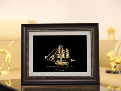 Tranh thuận buồm xuôi gió hợp với người mệnh gì?