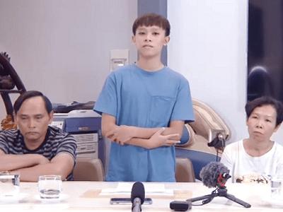 Hồ Văn Cường đăng clip cùng bố mẹ đẻ, nói rõ ồn ào với mẹ nuôi Phi Nhung