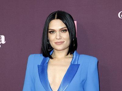 Jessie J bật khóc trên livestream vì bị trào ngược axit, căn bệnh nghiêm trọng đe dọa sự nghiệp ca hát