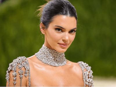 Kendall Jenner xinh đẹp tựa nữ thần tại Met Gala 2021, xứng danh