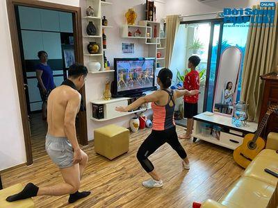 Gia đình yêu thể thao, tập luyện 4 bộ môn ngay trong căn phòng vỏn vẹn 25m2