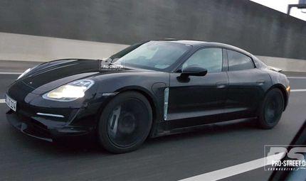 """Thế giới Xe - Hé lộ những hình ảnh đầu tiên của """"ngựa chiến"""" siêu mạnh Porsche Taycan"""