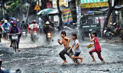 Tin trong nước - Tin tức dự báo thời tiết mới nhất hôm nay 22/5/2019: Thủ đô Hà Nội sáng sớm có mưa rào và dông