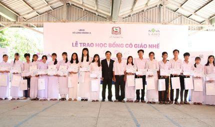 """Bí quyết làm giàu - Học bổng cô giáo Nhế - Hành trình 15 năm """"chấp cánh ước mơ"""""""