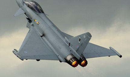 Tin thế giới - Tiêm kích của không quân Hoàng gia Anh bị S-400 của Nga suýt bắn rụng ở Syria