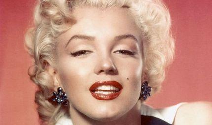 """Gia đình - Tình yêu - Cuộc đời bất hạnh của """"biểu tượng sex"""" Hollywood thế kỷ 20 Marilyn Monroe"""