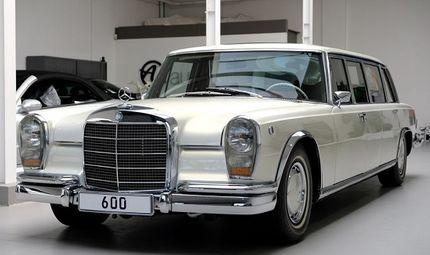 """Thế giới Xe - Cận cảnh chiếc """"xe tài phiệt"""" Mercedes-Benz 600 Pullman đời 1975"""