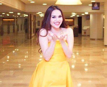 Kể từ khi trở thành Hoa hậu Đông Nam Á – Miss Asean 2012, Diệu Hân hướng đến hình ảnh một người đẹp năng động và nhân ái. Cô tham gia rất nhiều sự kiện quảng bá du lịch và thiện nguyện.