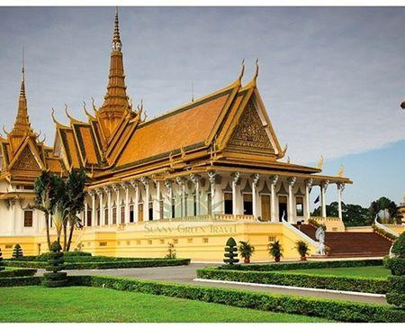 Đại gia Trầm Bê vừa cho khởi công xây dựng ngôi chùa thứ 9 mang tên chùa Prắc-Huy-Hia, tọa lạc tại tỉnh Prắc-Huy-Hia, Campuchia. Số tiền ông Trầm Bê bỏ ra xây dựng ngôi chùa có khuôn viên rộng gần 2.000 m2 này trị giá 600.000 USD (hơn 12 tỷ đồng). Ảnh: minh họa một ngôi chùa trên đất Campuchia.