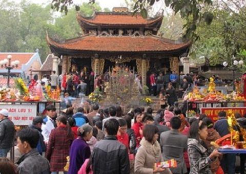 Xã hội - Chủ tịch Hà Nội yêu cầu cán bộ không đi lễ hội trong giờ hành chính