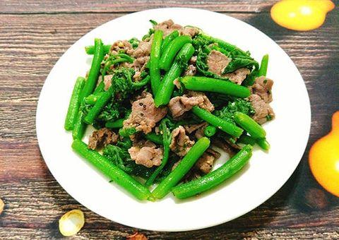 Ăn - Chơi - Món ngon mỗi ngày: Rau bí xào thịt bò cực ngọt cho bữa tối thứ 6