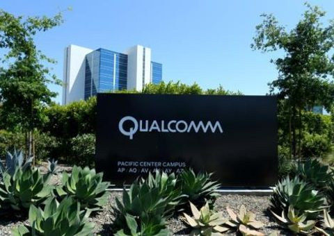 Kinh doanh - Cổ phiếu Qualcomm trượt dốc kinh hoàng thảm sau phán quyết chống độc quyền