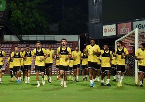 Thể thao - Nguyên nhân thực sự khiến UAE mượn sân tập Thái Lan trước khi sang Việt Nam