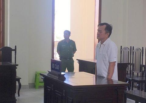 Pháp luật - Cựu công an chuyên mua bán xe máy trộm cắp hầu tòa sau 17 năm trốn truy nã
