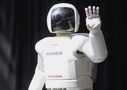 """Công nghệ - 2 robot huyền thoại được xem là cách mạng công nghệ, từng làm """"điên đảo"""" thế giới một thời"""
