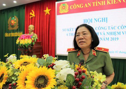 Tin trong nước - Nữ Thiếu tướng Công an đầu tiên Bùi Tuyết Minh thôi làm Giám đốc Công an tỉnh Kiên Giang