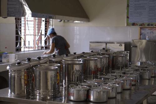 Trường Mầm non Lý Khánh Văn làm tốt công tác đảm bảo vệ sinh an toàn thực phẩm năm học 2019 – 2020 - Ảnh 1