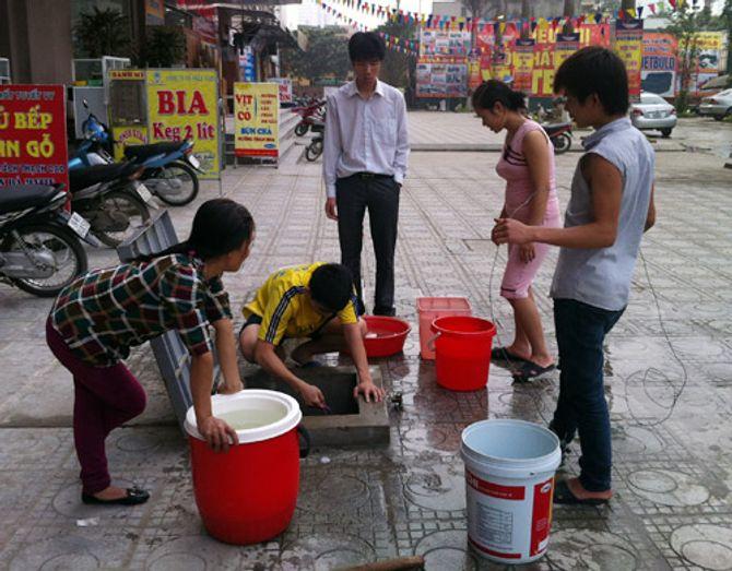 5 lần vỡ đường ống nước sông Đà: Bộ Xây dựng vào cuộc - Ảnh 2